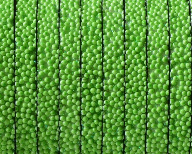 Caviar sintetico  Plano. 5x2mm. Verde manzana. Calidad superior