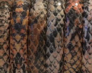 Imitacion serpiente. Sintetico. Media caña. 10x5mm. Rojo. Calidad Superior