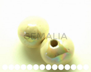 Ceramica. Bola 26mm. crema irisado. Int.4,5-5mm