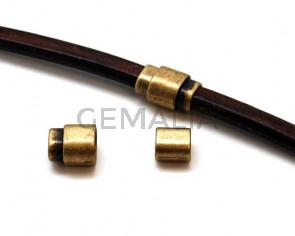 Cierre Zamak Imán. 22,5x15,5mm. Oro viejo. Int.10x7mm