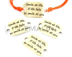 Zamak. Conector. Chapa. 39x24mm. Smile at life. Plateado. Int.5mm
