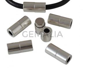 Cierre magnetico de tubo de latón 22x10mm. Plateado. Int.5mm. Precio Especial