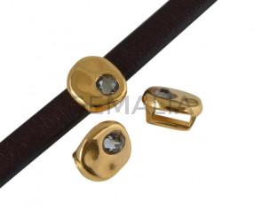 Entrepieza de SWAROVSKI y Zamak moneda 8,3x8x8mm. Dorado-Black Diamond. Int.5x2,5mm