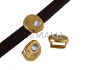Entrepieza de SWAROVSKI y Zamak moneda 8,3x8x8mm. Dorado-Crystal. Int.5x2,5mm