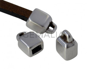 Terminal de Zamak. 5x8mm. Plateado. Int.3x2mm