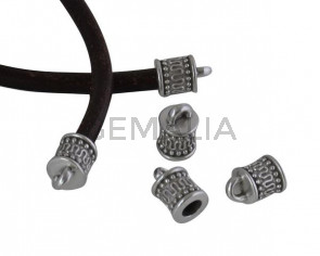 Terminal de Zamak  10x7mm. Plateado. Int.4mm