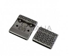 Cierre magnetico plano de Zamak  22,5x19,5mm. Plateado. Int.20x2mm. Precio Especial