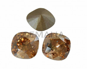 SWAROVSKI 4470 10mm. Golden Shadow F