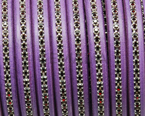REGALIZ Leather cord with strass. Oval 10x6mm. Purple-s.dark Red.