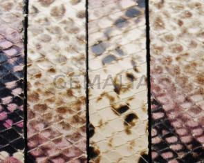Imitation Snake skin. Flat. 15x2.5mm. Pink.