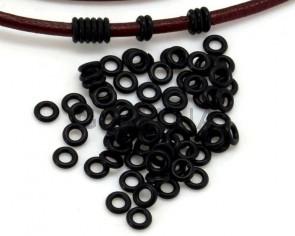 PVC. Ring. 4x4x1mm. Black. Inn.2mm.approx.