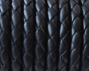 Bolo Braided Round Leather Cord. 5mm. Black. With hole. Inn.0.8mm.approx.