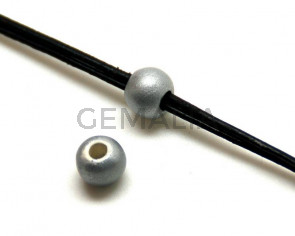 Ceramic. Round. 8mm. Silver color mat. Inn.3mm.approx.