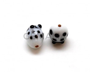 Murano. Ladybug. 15.5x12mm. White. Inn.2mm.approx.
