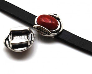 Zamak. 25x25mm. Red. Inn.13x2.5mm.