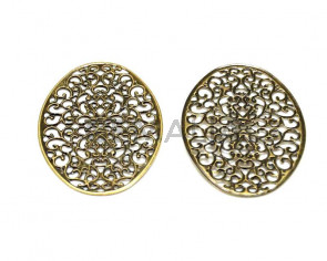 Metal.Filigree. Oval. 38x55mm. Antique gold.