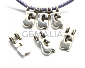 Zamak. Pendant. Letter G. Silver color. 9mm. Inn.2.2mm.