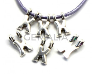 Zamak. Pendant. Letter K. Silver color. 9mm. Inn.2.2mm.