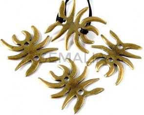 Zamak. Spider. 43x44mm. Antique gold. Inn.4mm.