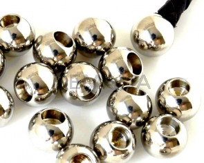 Stainless steel 316. Round. 8mm. Silver color. Inn.4mm.