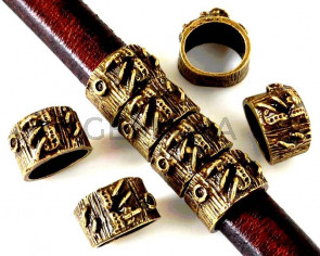 Zamak. Regaliz. 12.5x8mm. Antique gold. Inn.10x8mm.