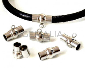Stainless steel 304. Magnetic clasp. 15x11mm. Silver. Inn.5mm.