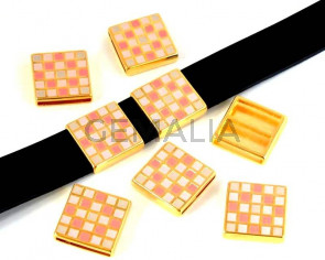 Zamak. Square. 22x22mm. Gold-mix. Inn.20x2.5mm.