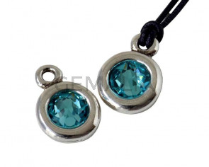 Zamak/SWAROVSKI Pendant. 17x11mm Coin. Silver-Light Turquoise. Inn.2mm