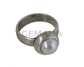 Zamak ring with pearl. 26x20mm. Silver. Nº 16