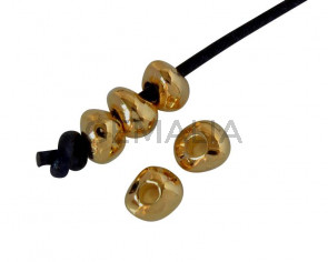Zamak bead round irregular 4x3.2mm. Gold. Inn.1.5mm