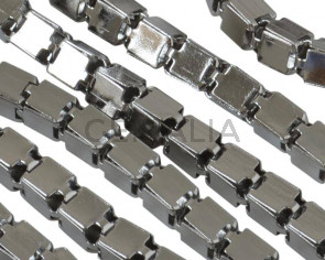 Stainless steel 316L. Chain. Square. 4x4mm. Silver.